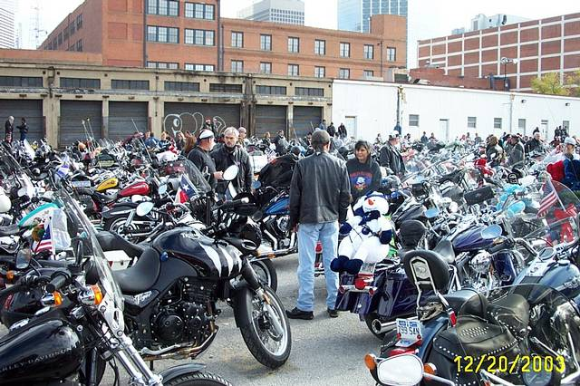 Texas_Toy_Run_2003_008